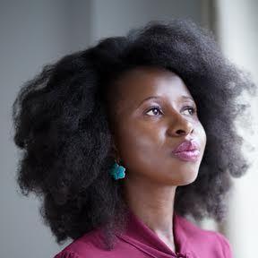 """Στην Imbolo Mbue απονεμήθηκε το βραβείο Pen/Faulkner 2017 για το βιβλίο της """"Ιδού οι ονειροπόλοι"""" που κυκλοφορεί από τις Εκδόσεις Κέδρος"""