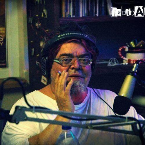 Ο Σταμάτης Κραουνάκης μιλάει στο Radio Alchemy